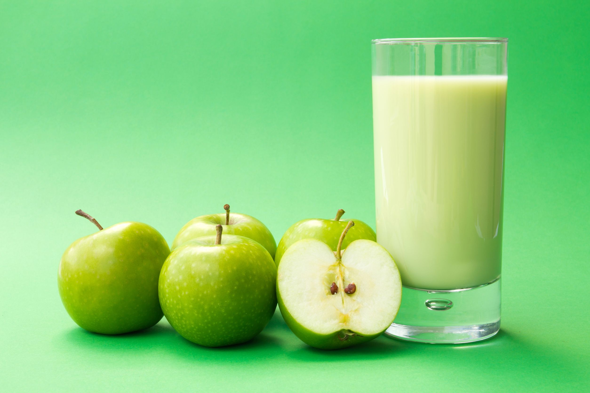 Dos recetas con manzana: Crema de calabacín, y tarta crumble
